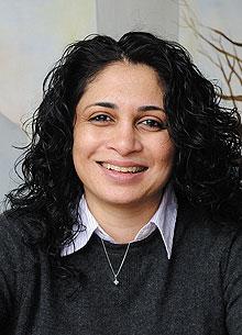 Shazia Chaudhry, Social Work.