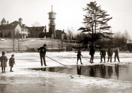 Ice Cutting - 1907