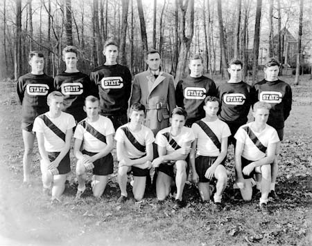 The 1933 cross country team.